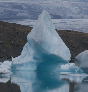 Iceberg -- hypnotic language accesses what's underneath